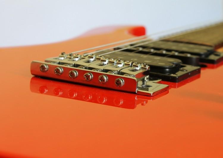guitar-586161_1280